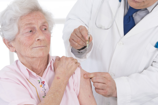 Is Your Granny a Needle Phobe Observe These Tips in Their Next Lab Appointment
